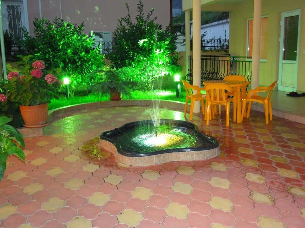 Как сделать фонтан во двор