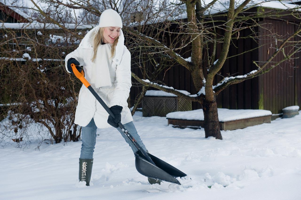 Как сделать снеговую лопату для уборки снега
