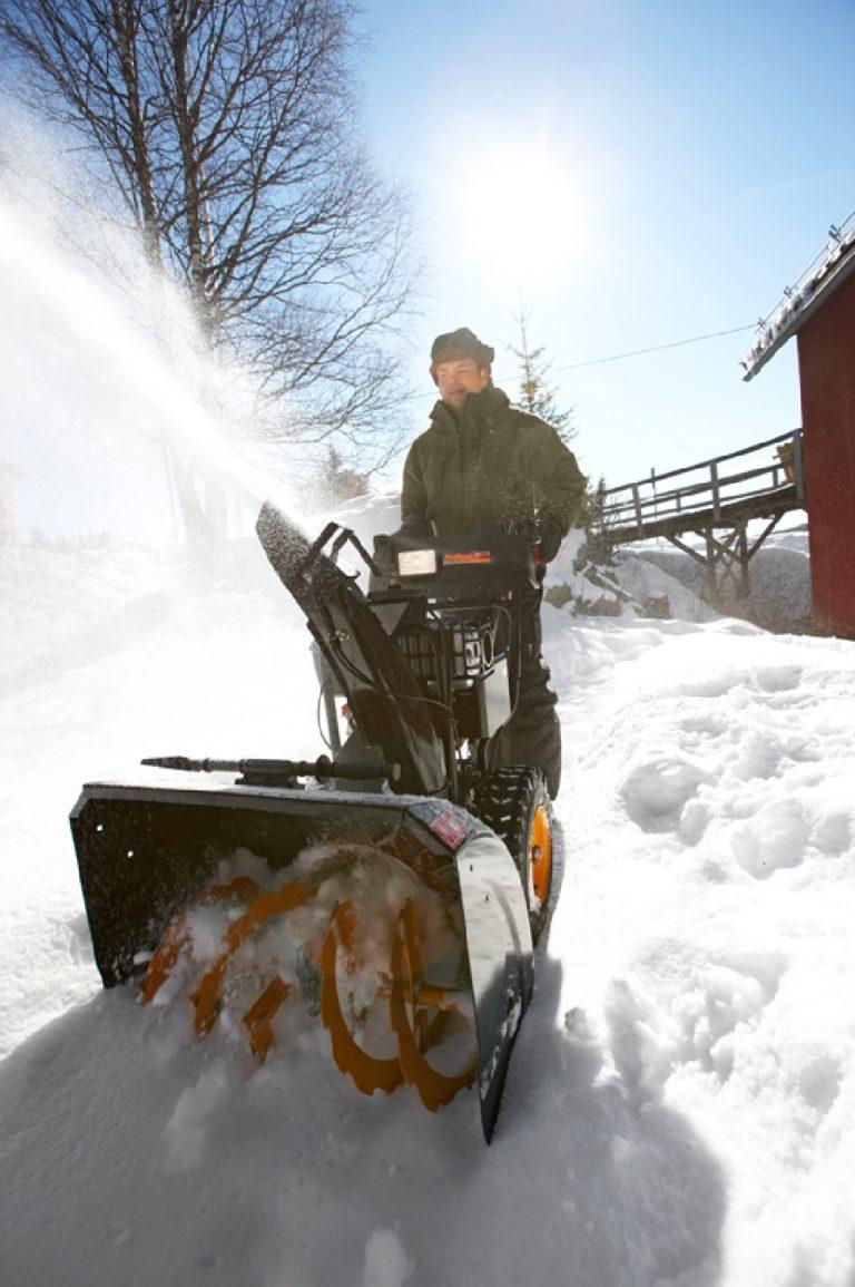 Снегоуборочная машина своими руками: достойная альтернатива 69