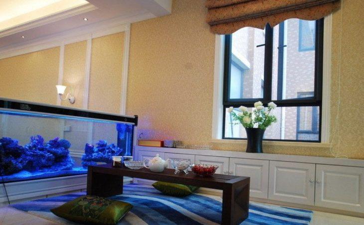 Современный аквариум в интерьере квартиры - 35 фото дизайнерских идей
