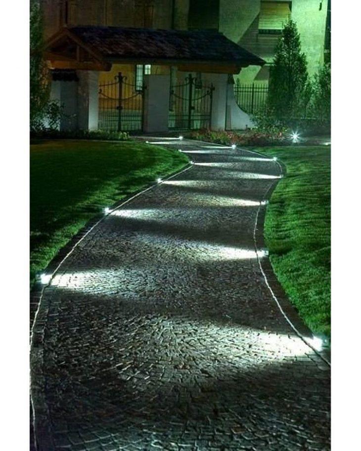 освещение загородного участка фото
