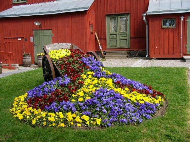 Как оформить цветник на даче. 65 фото идей дизайна