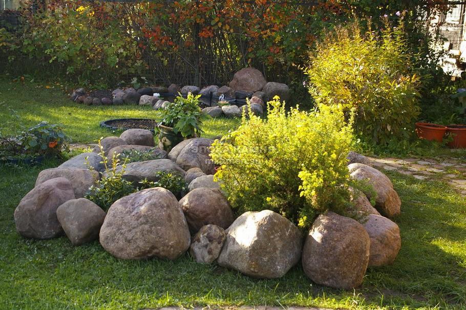 Ландшафтный дизайн камень кустарник