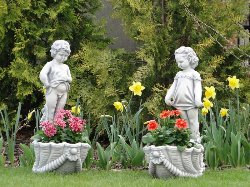 Скульптуры своими руками на даче фото 86