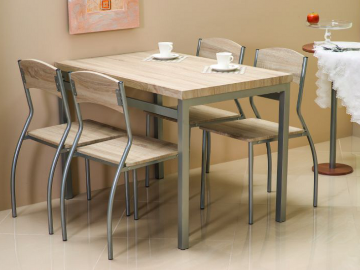 комплект стол и стулья для кухни