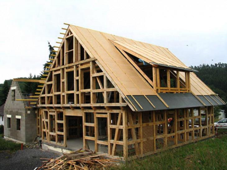 Нюансы перевозок для строительства загородных домов
