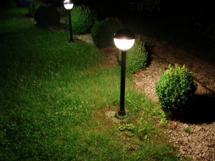 освещение территории дома