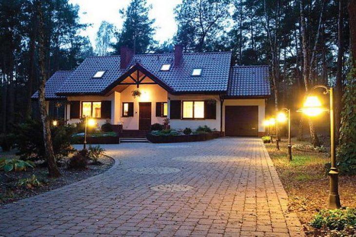 освещение частного дома фото