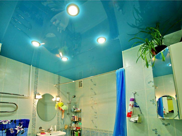 потолок в ванной комнате какой выбрать