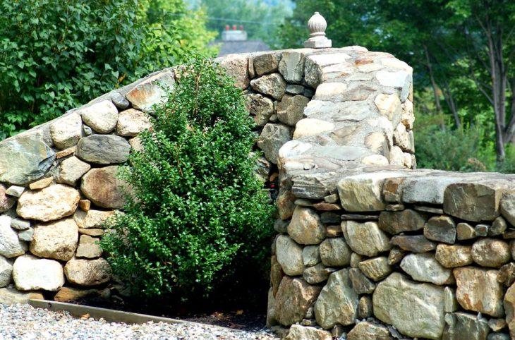 камни в ландшафтном дизайне фото