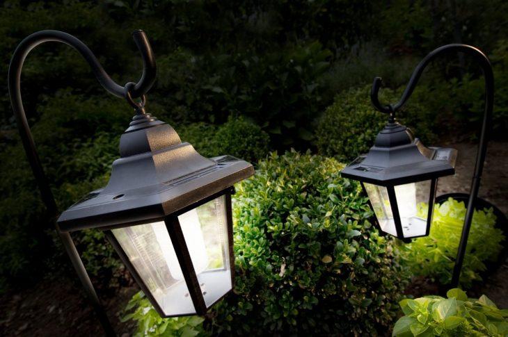 уличные лампы на солнечных батареях
