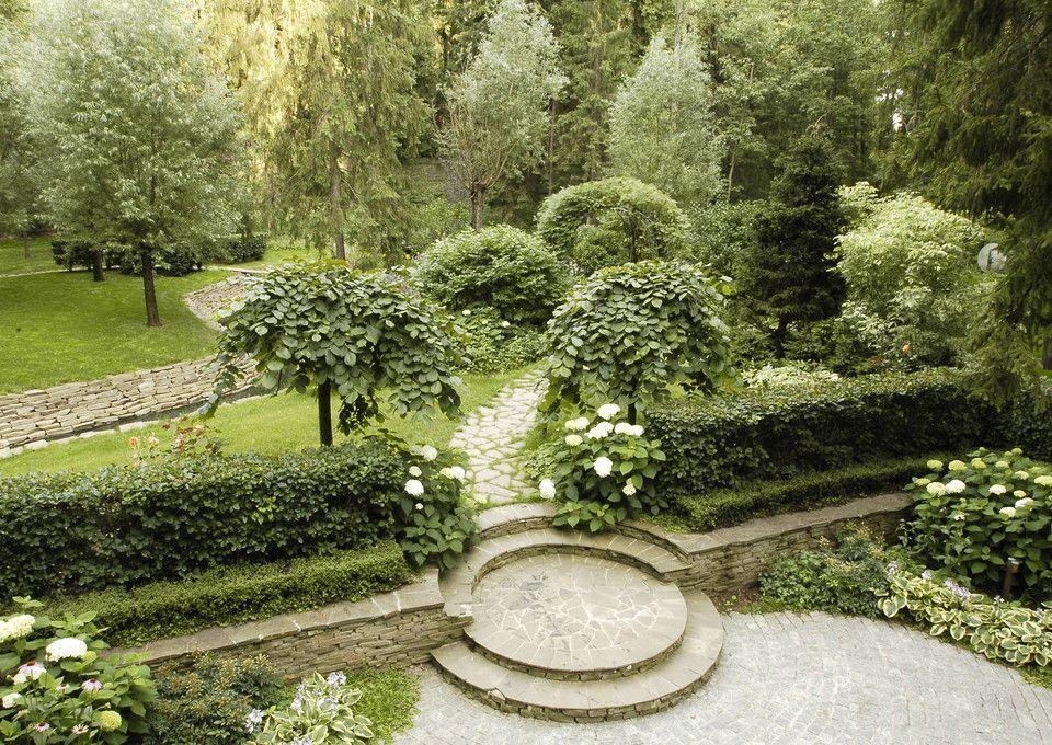 деревянные лестницы в саду