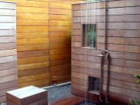 Оригинальный летний душ