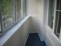 Отделка балкона: выбираем материалы