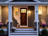 Крыльцо дома с навесом: виды и полезные советы по монтажу