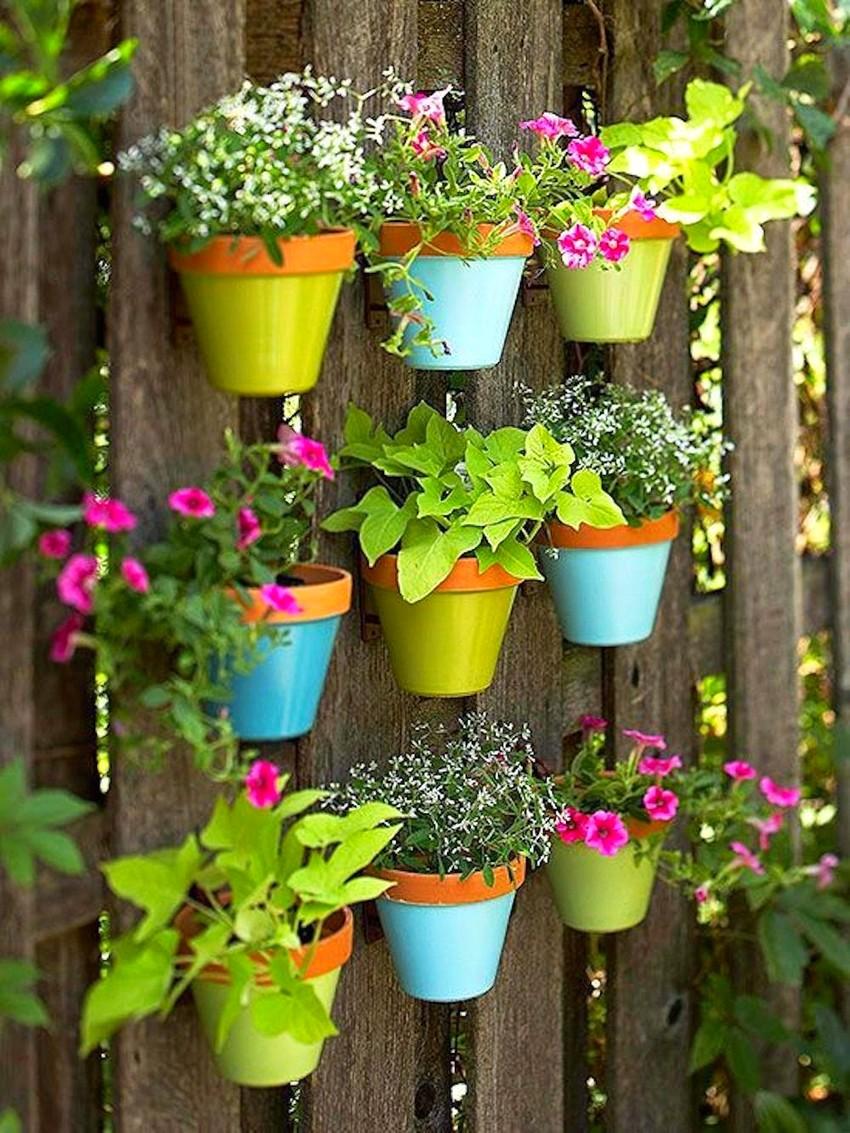cvetniki-i-klumby-svoimi-rukami-iz-podruchnyh-materialov-foto-7-1