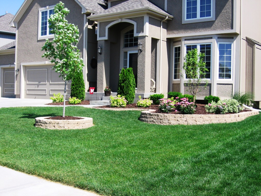 landscaping-ideas-for-front-of-colonial-house