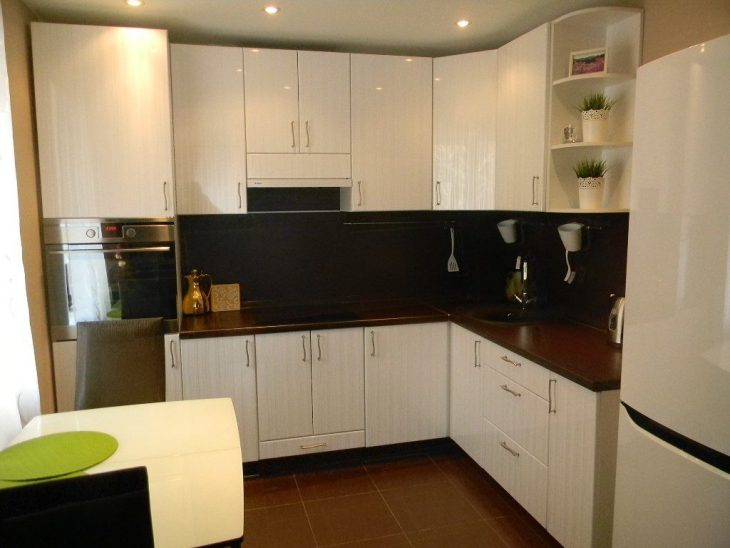 небольшой недорогой ремонт кухни