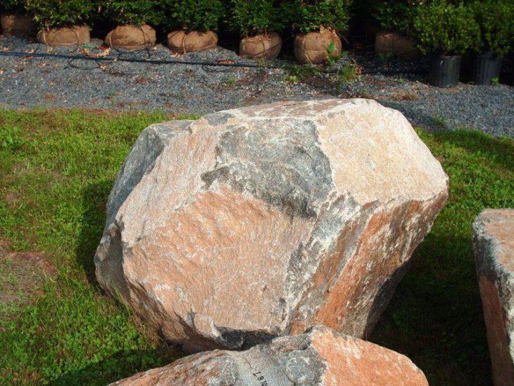 природный ландшафтный камень