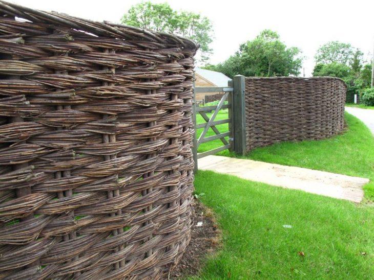 садовый забор фото