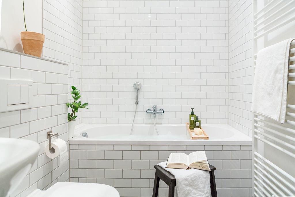 скандинавский интерьер ванной комнаты