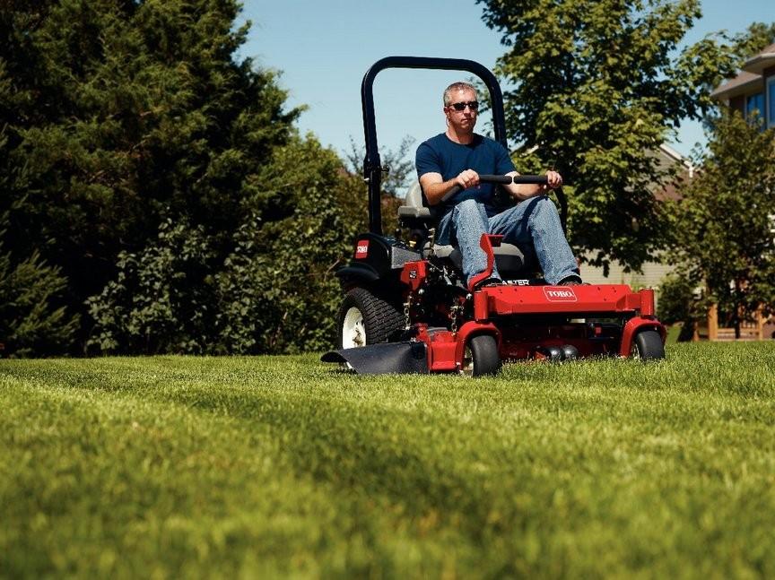 как выбрать аккумуляторную газонокосилку